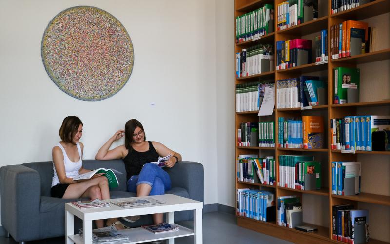Bibliothek der Medizinischen Hochschule Brandenburg Theodor Fontane - Standort Neuruppin